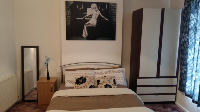 Cozy and relaxing house in Manchester, vacation rental in Salford