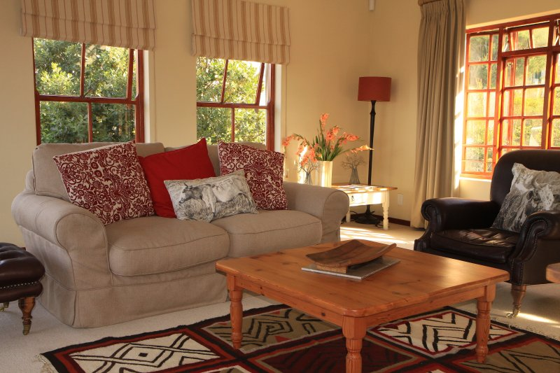 Sunny Suite in The Heights, holiday rental in Caledon