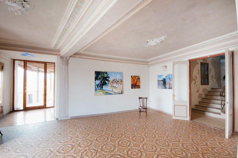 Hall, art center Joaquim Mir