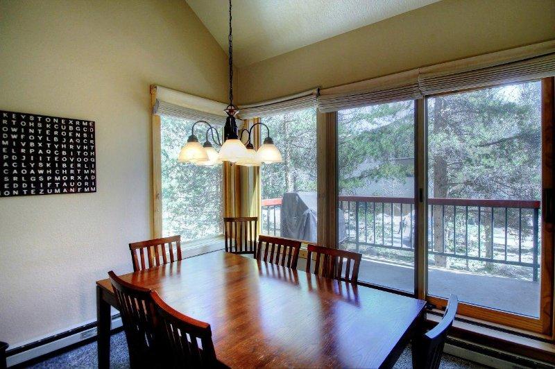 SkyRun Property - '1634 Quicksilver' - Dining Room