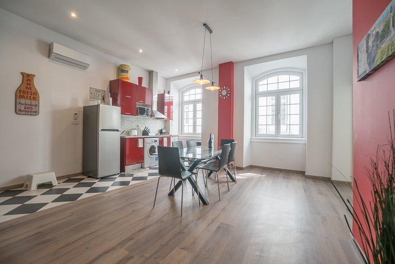 ruime open keuken / eetkamer