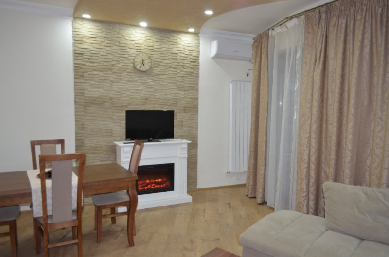 Casyana Luxury Apartment, holiday rental in Mamaia