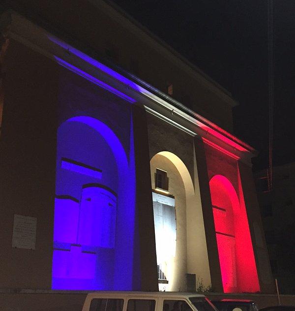 Long live France !