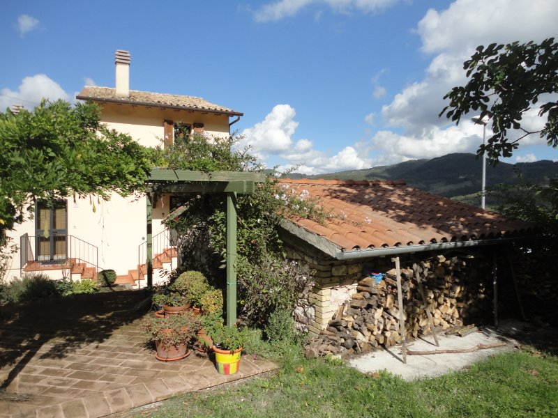 Country House for Rental near Assisi, holiday rental in San Presto