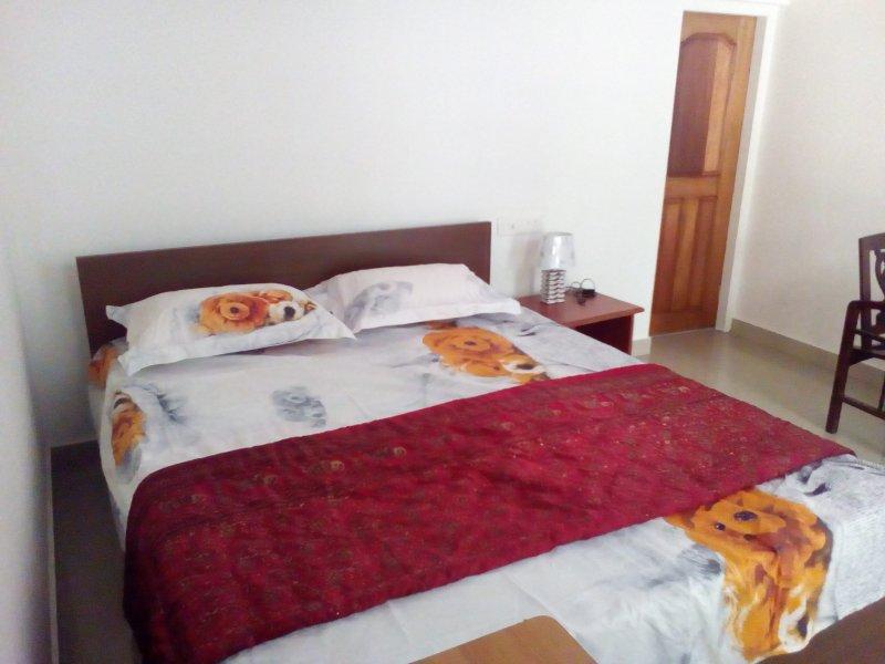 Parijatham heritage homestay is located near karadipara view point., holiday rental in Kunjithanny