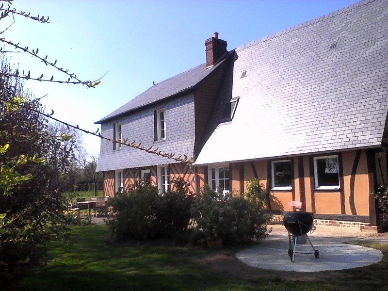 La Calonnière, le charme d'une maison normande, aluguéis de temporada em Asnieres