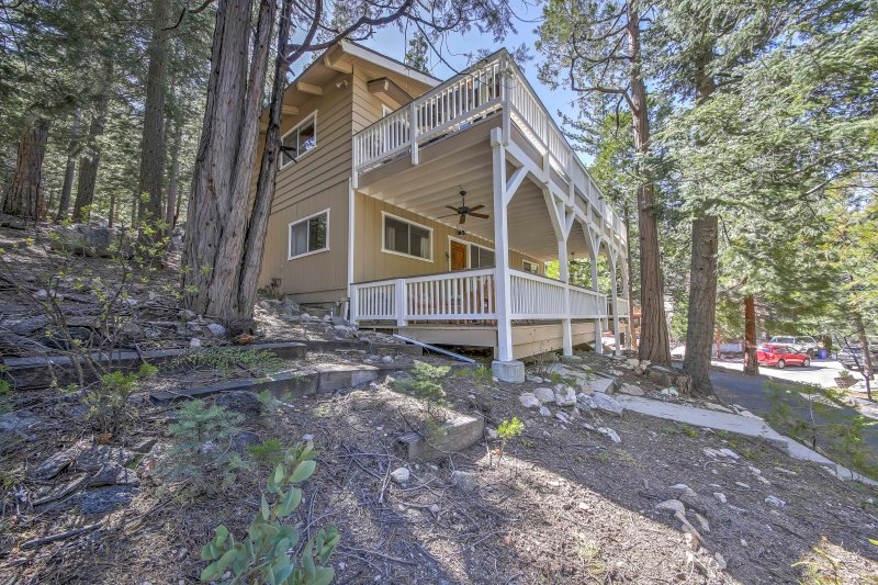 Elevate your Lake Arrowhead retreat with this stunning home!