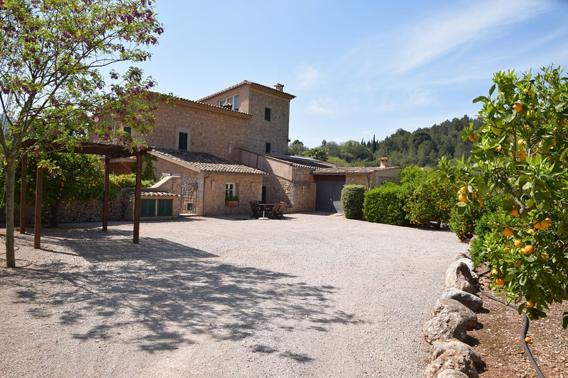 Superb finca with pool, close to Soller with spectacular views and gardens., holiday rental in Sa Calobra