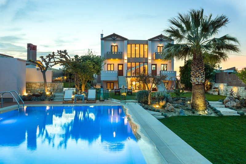 Villa Margarita - Unlimited Luxury, vacation rental in Heraklion