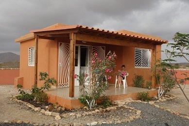 Maisons Cap-Vert Maio à Morro petit village tranquille et accueillant
