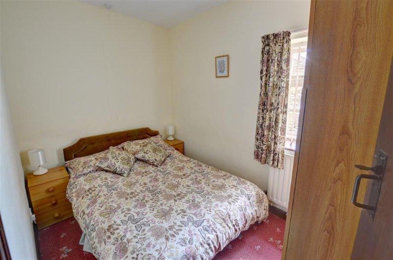 Das zweite Schlafzimmer hat auch Doppelbett