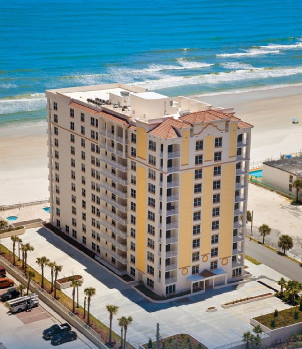 OCEANFRONT LUXURY FOR VACATION Has Internet Access And