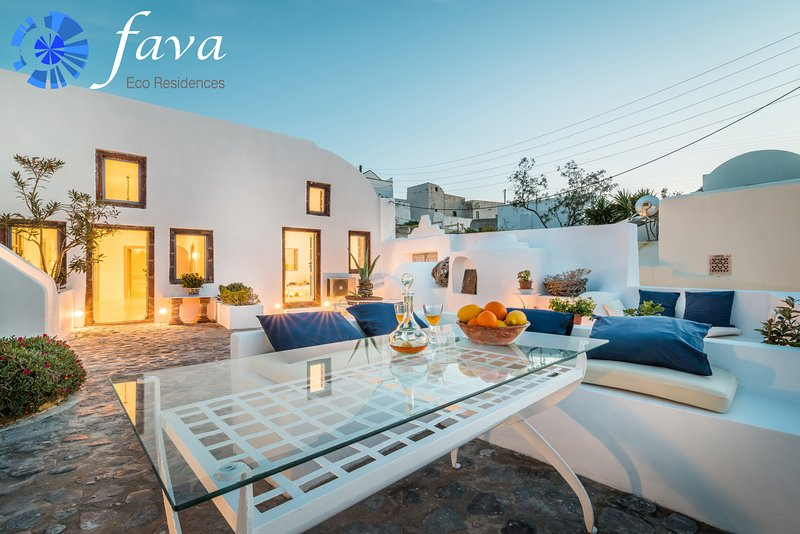 Fava Eco Residences - Villa Altana, holiday rental in Oia