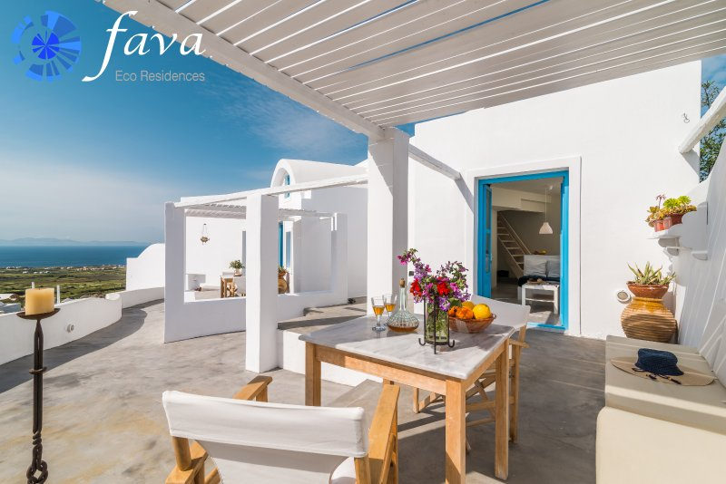 Fava Eco Residences - Anemos Suite, vacation rental in Oia