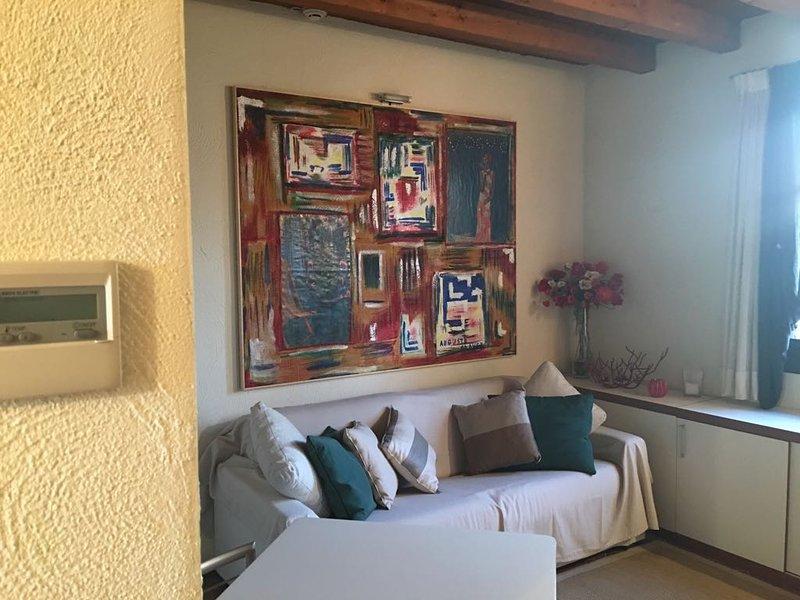 Appartamento 12 Villaggio dei Tulipani Peschiera del Garda, holiday rental in Peschiera del Garda