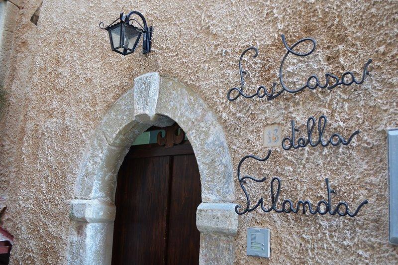 La Casa della Filanda- Affittacamere, vacation rental in Longobardi
