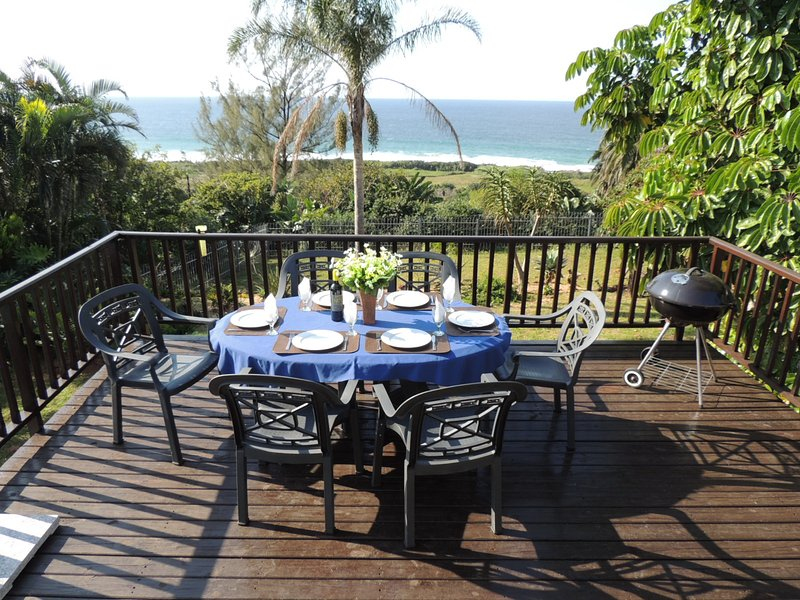 Sea view, tranquil garden, pet friendly for 6, vacation rental in Pennington