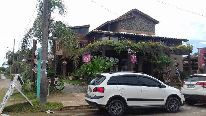 RESIDENCIAL BANZAE, location de vacances à Barra de Ibiraquera