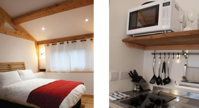 Bull Farm Studios - Woodland Room, holiday rental in Andover