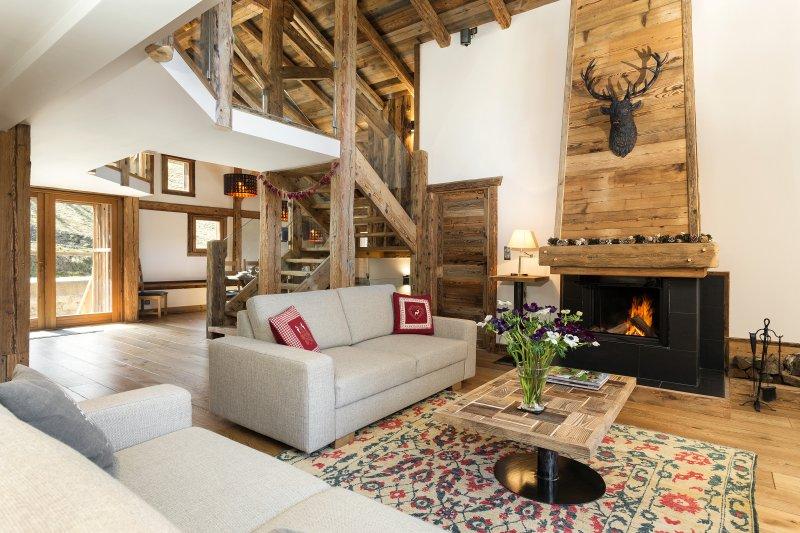 Ski Chalet Mont Blanc Luxury Chalet with Hot Tub. Gourmet Ski Weekends, location de vacances à Saint-Gervais-les-Bains