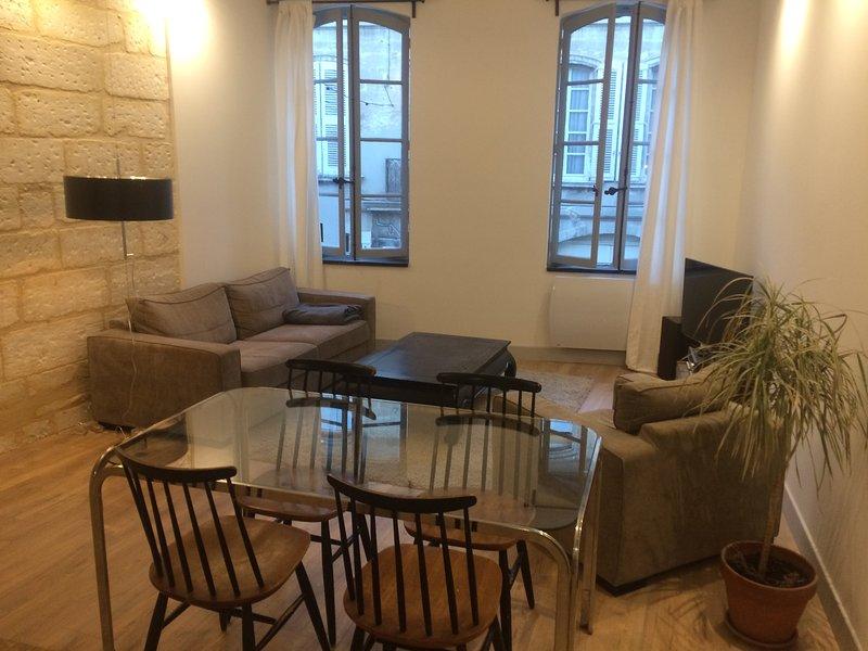 Appartement Villeneuve lez Avignon, holiday rental in Villeneuve-les-Avignon
