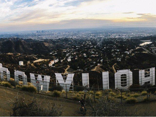 Muestra de Hollywood bloques A pocos kilómetros