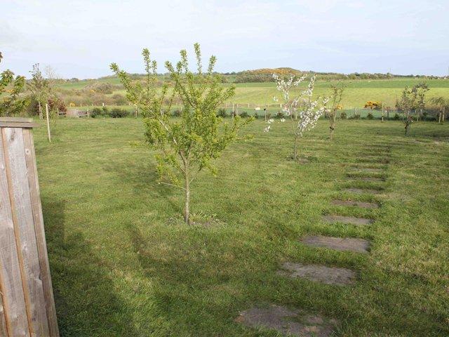 Vista dal giardino sul retro
