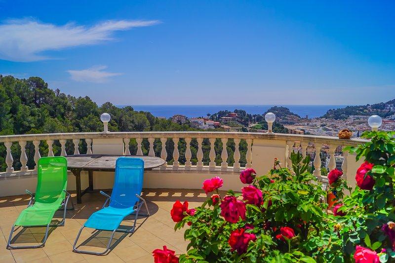 YourHouseInSpain - Villa BellaTossa, Private Pool, Fantastic sea and city view – semesterbostad i Tossa de Mar