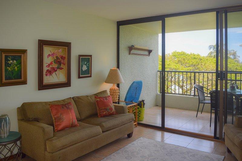 O condomínio está confortavelmente mobilados com tudo que você precisa para uma estadia relaxante.