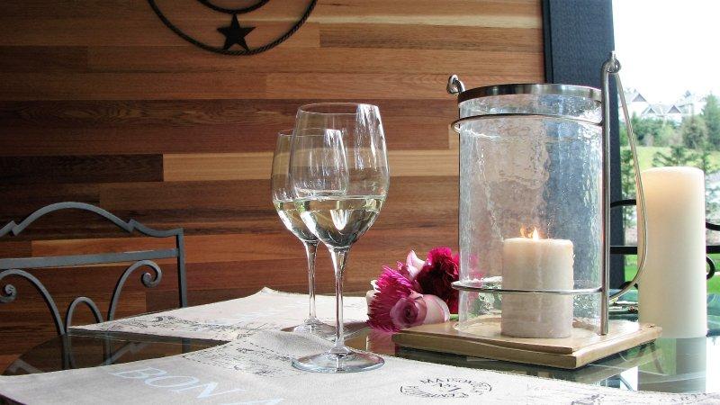 patio très privé pour profiter d'un verre de vin avant ou après son souper Jack