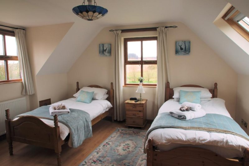 Twin room with en-suite