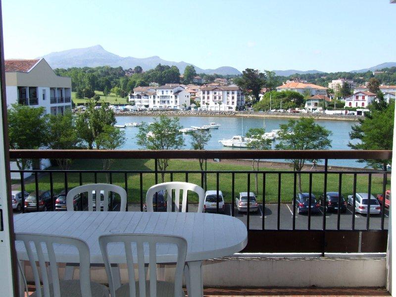 Terrace, Nivelle mountains
