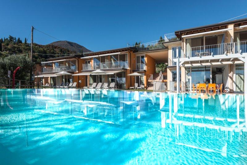 FLAT IN LAKE GARDA RESIDENCE, holiday rental in Toscolano-Maderno