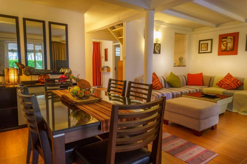 Cozy secure home in the sun, vacation rental in Pereybere