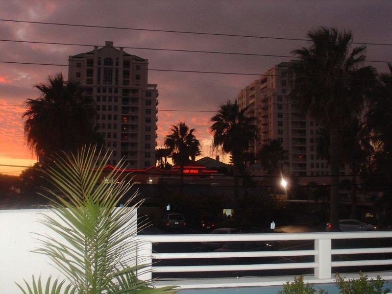 Você pode ver o pôr do sol algumas épocas do ano