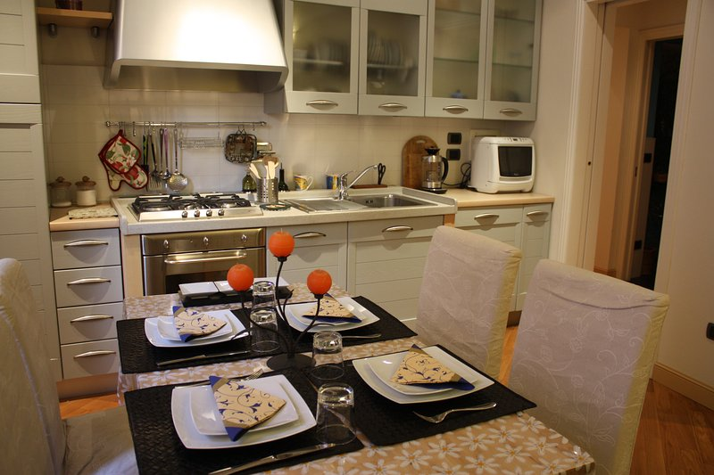Sapienza Apartment - Old Town, holiday rental in Moltacino