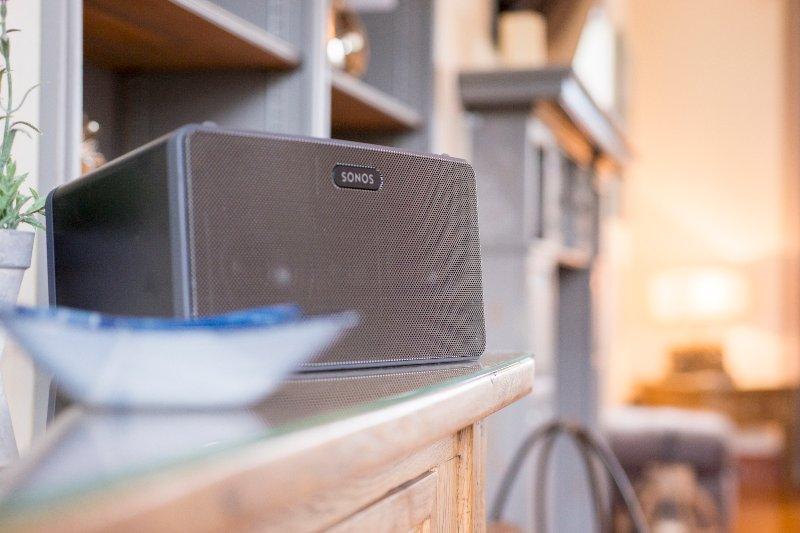 Além do pacote de esportes Sky, nós fornecemos um rádio DAB e Sonos, desfrutar.