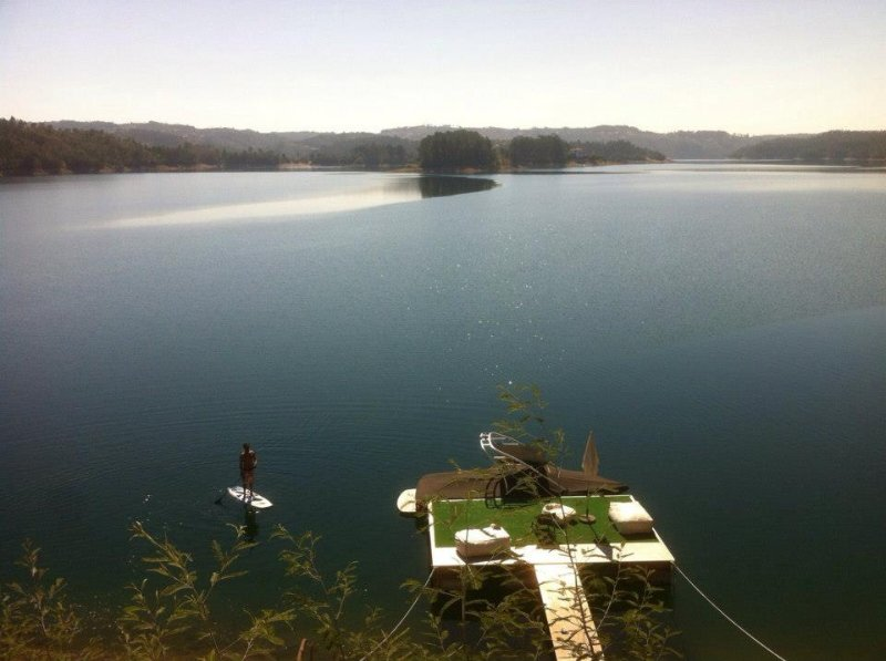 Hut in the Lake, holiday rental in Vila de Rei