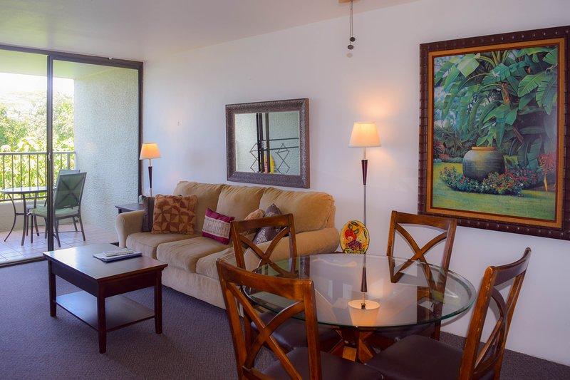 Le condo est confortablement meublé vues et a océan doux.