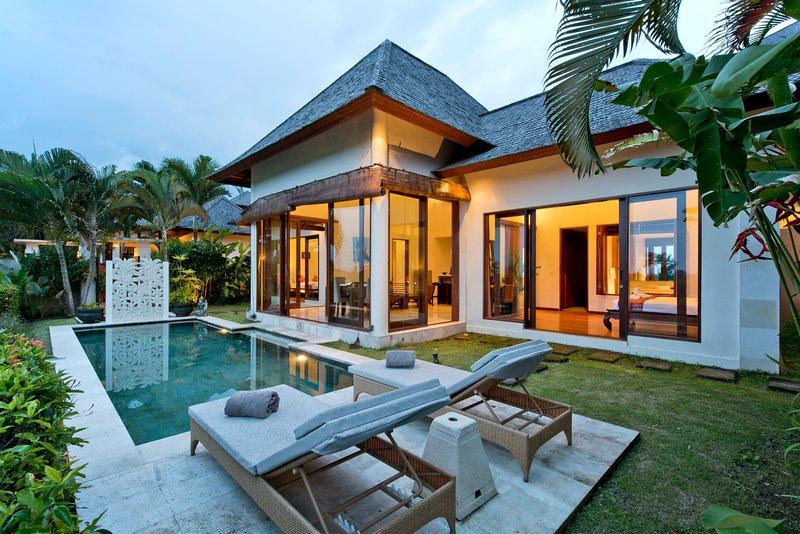Two Bedroom Private Pool Villa Sahaja 4, holiday rental in Pupuan