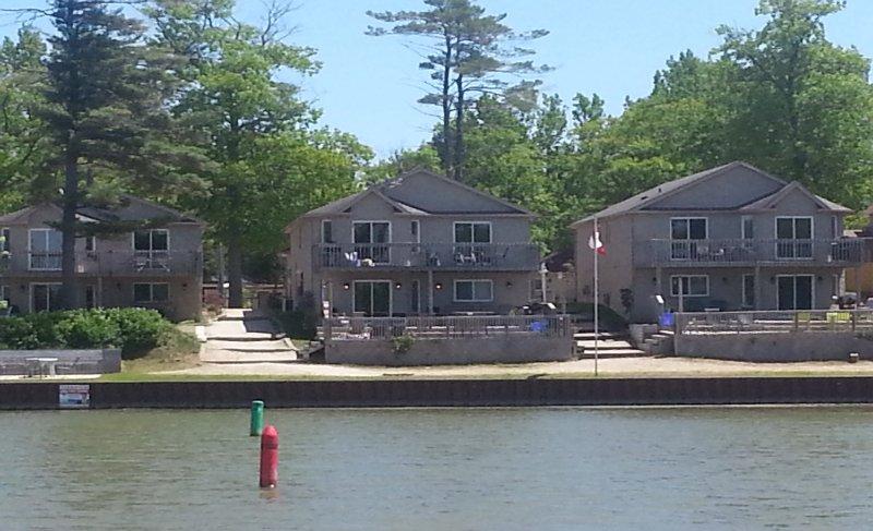 Waterfront Villa 6 hab con vistas a la playa principal 1