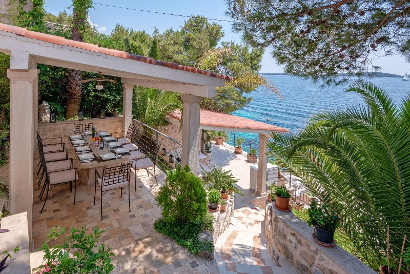 Villa with a Private Beach for rent, Hvar Island