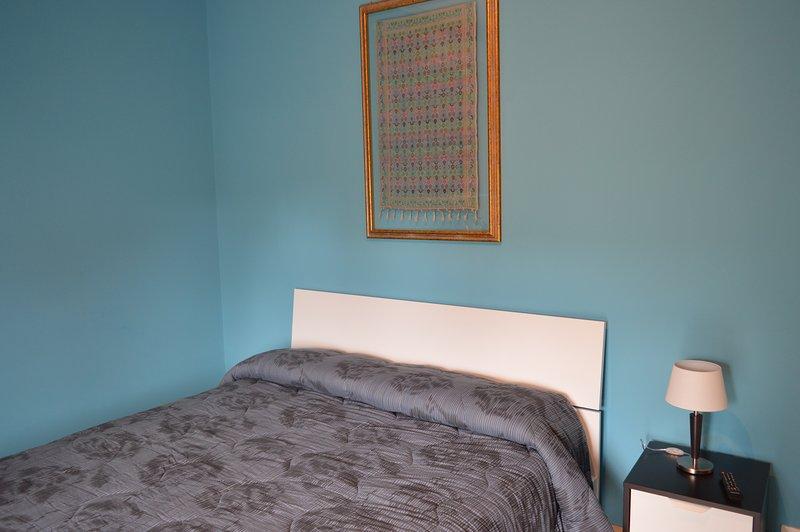 Camera Turchese con balcone privato, vacation rental in Aci Sant'Antonio