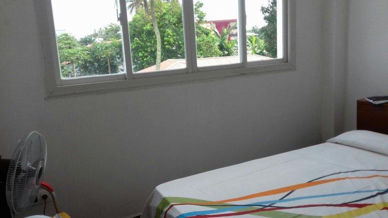 apartamentos en bata guinea ecuatorial, location de vacances à Bata