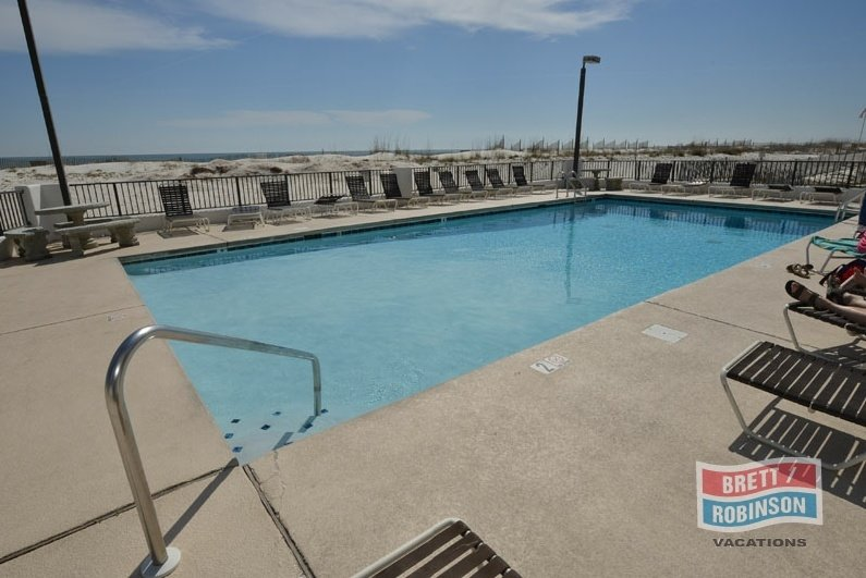 Island Winds East Gulf Shores Pools.jpg