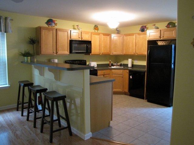 1er étage cuisine. Table de cuisine à gauche non représentée