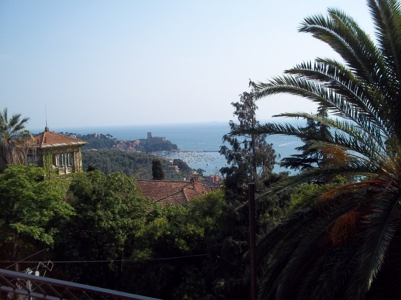 Appartamento con vista sul golfo, vakantiewoning in Pitelli