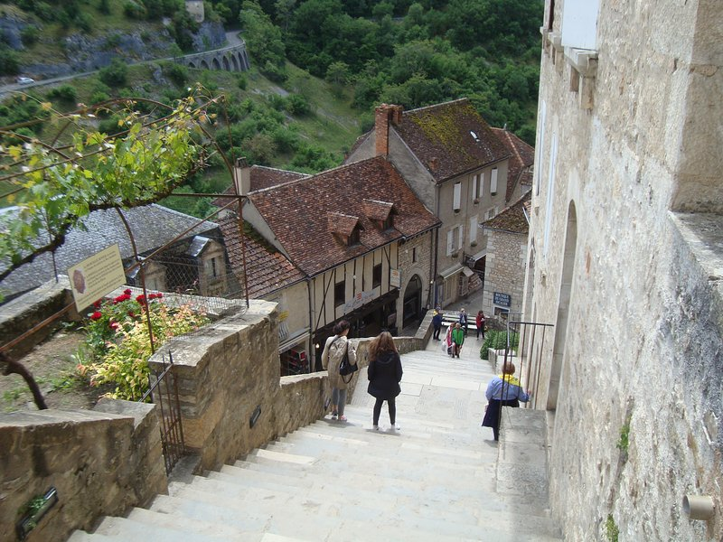 Drive to pretty Rocamadour - only 30 mins away