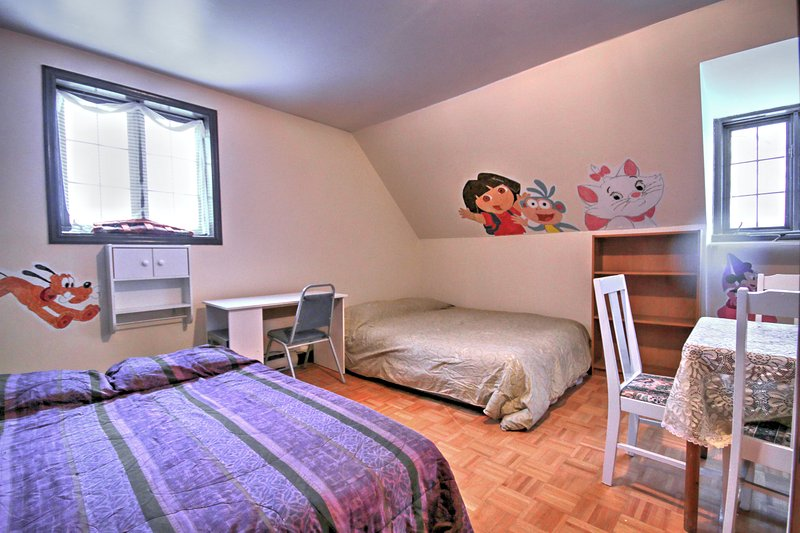 Studio wifi, parking, espace cuisinette, holiday rental in Lac-Beauport