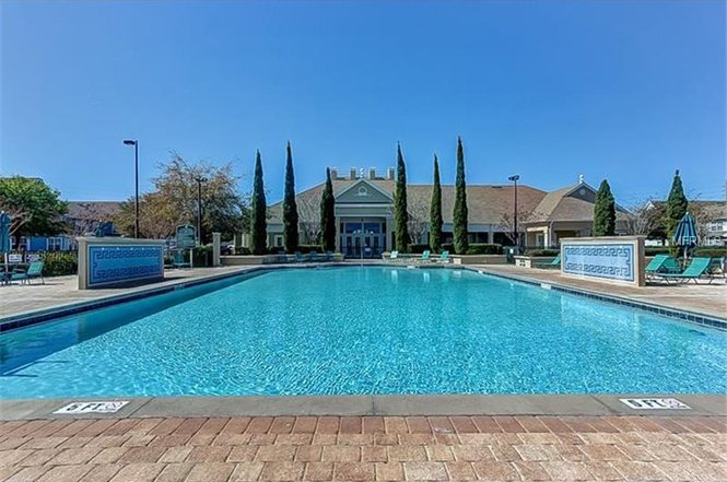 Beautiful heated pool and large clubhouse.